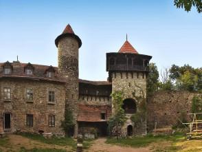 Nový hrad mezi Adamovem a Blanskem