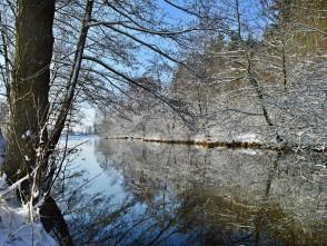 Rybník Suchý vbílé podobě